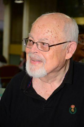 Moshe Dor