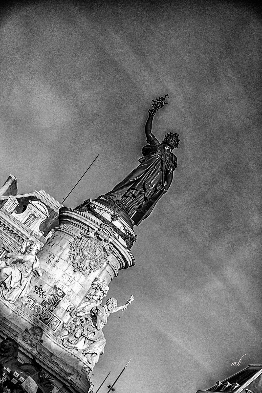 #1 november marianne©Margo Berdeshevsky.jpg