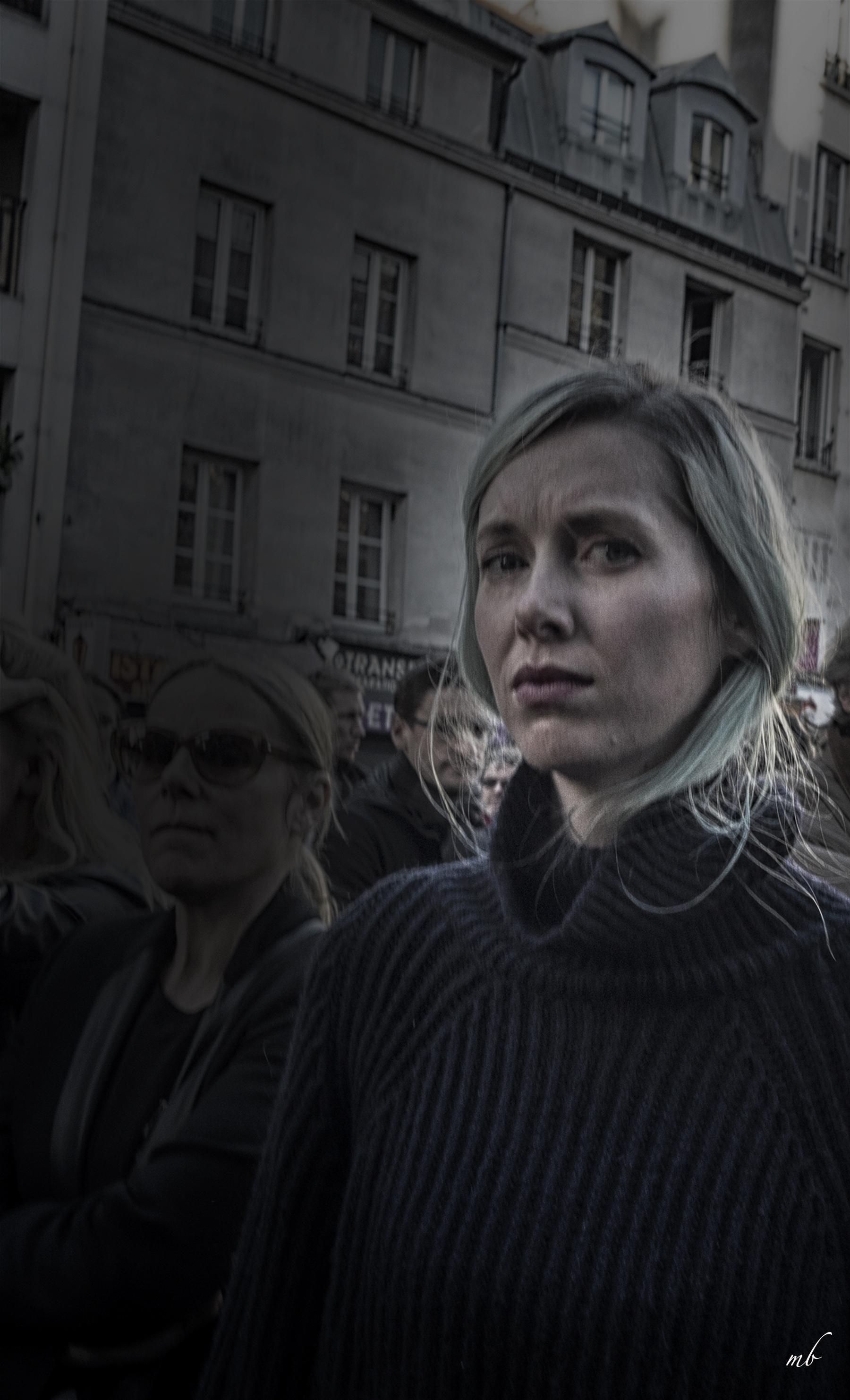#6 mourner2©Margo Berdeshevsky